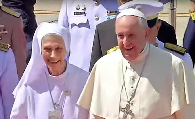 Papst Franziskus und seine 77-jährige Cousine Ana Rosa Sivori