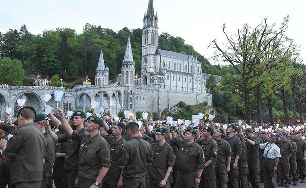 Österreichische Bundesheer-Soldaten in Lourdes